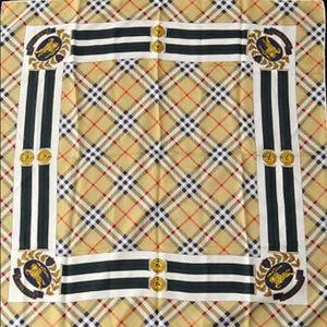 🆕 Burberry's XL Vintage Nova Check Silk Scarf 🧣
